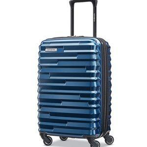 NWT Samsonite ziplite hardside spinning luggage